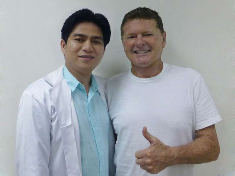 Bác sĩ Chiêm Quốc Thái căng da mặt toàn phần cho Ông Philip